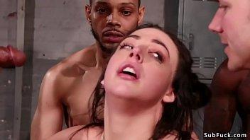 Марли метьюс занимается поревом с чернокожим приятелем на диванчика